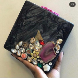 Agate Raisin Clutch (Delivery time 3 to 4 Weeks)