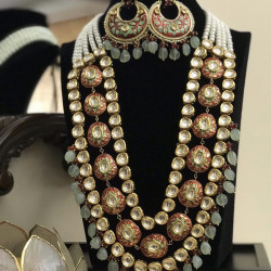 Pachi kundan set (Delivery time 3 to 4 weeks)