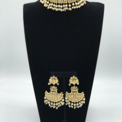 White Castle Choker Set